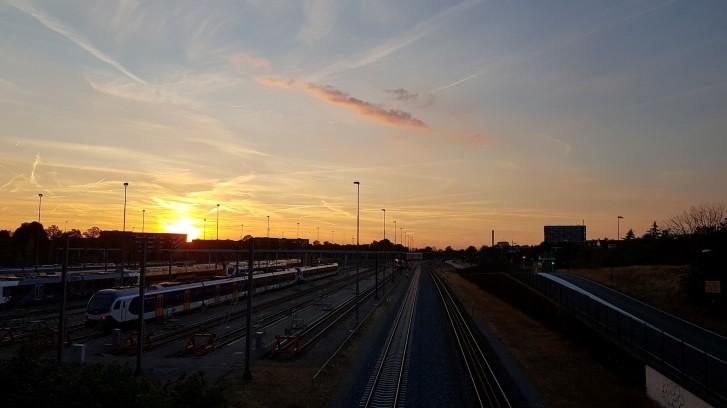 A second beautiful sunset, overlooking railway tracks in Nijmegen