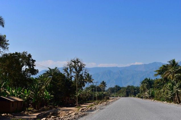 The road to Lake Malawi (Lake Nyasa)