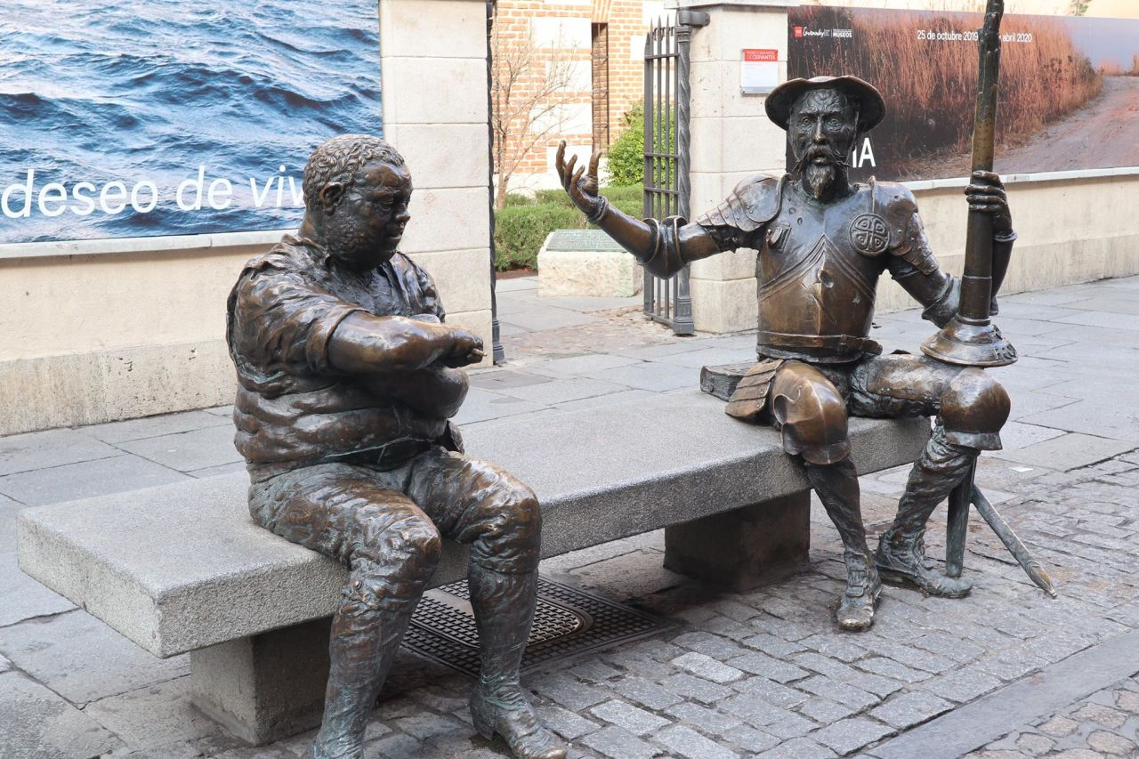 Cervantes and other literary figures in Alcalá de Henares